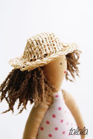 miniaturowy kapelusz