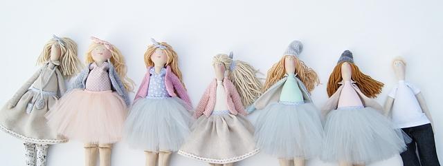 Lalki z ubrankami